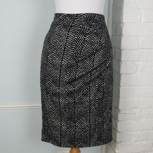 NY&Co stretch pencil skirt